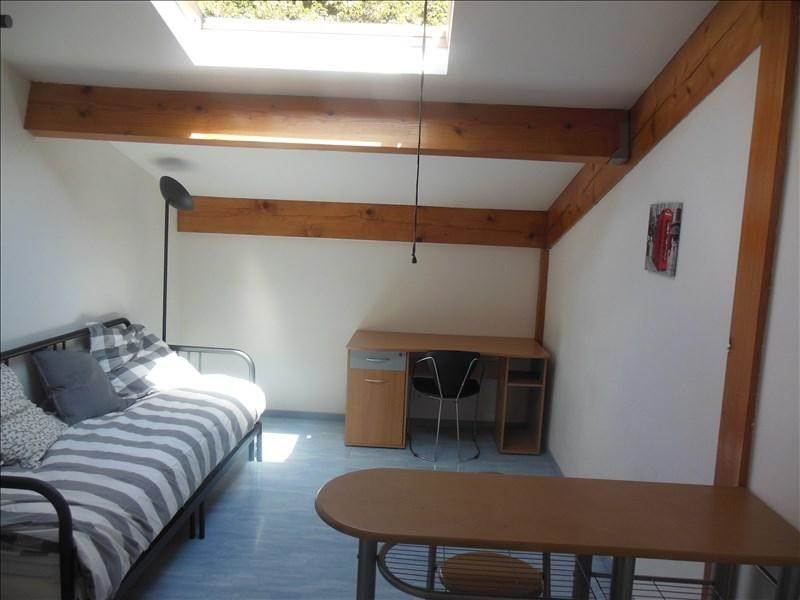 Rental apartment Aytre 330€ CC - Picture 2
