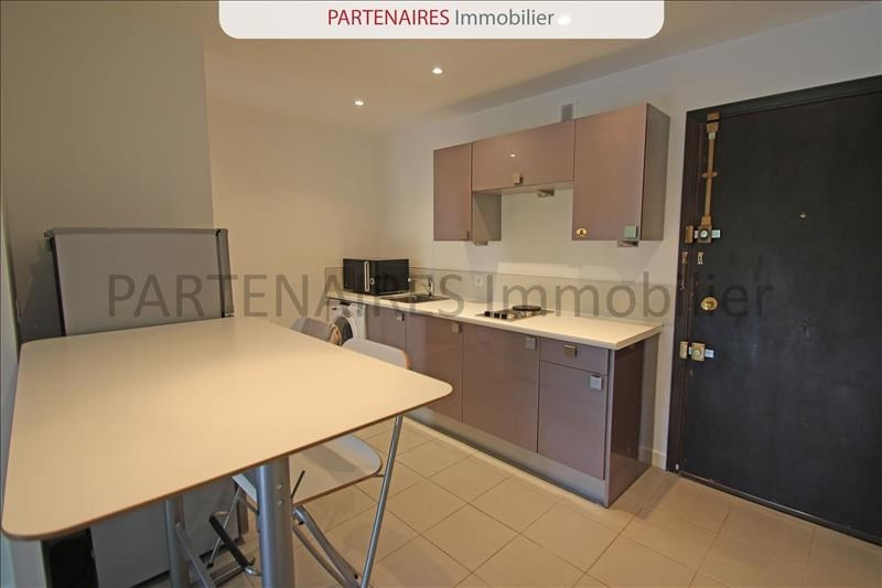 Rental apartment Versailles 1050€ CC - Picture 3