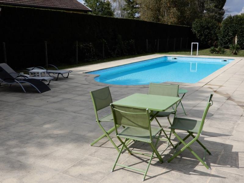 Sale house / villa St romain de jalionas 352900€ - Picture 2