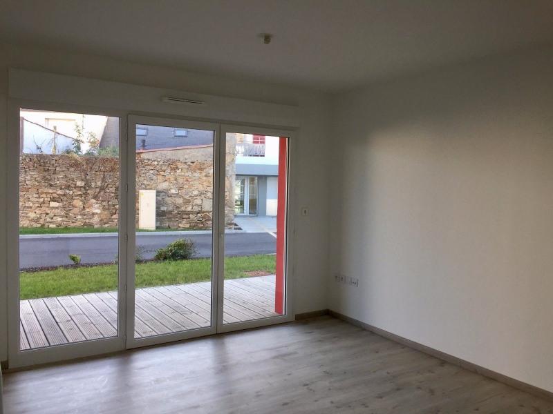 Sale apartment Les sables d olonne 290000€ - Picture 2