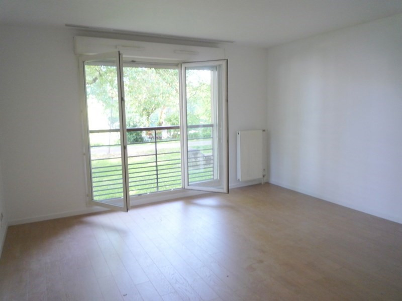 Location appartement Le port marly 1199€ CC - Photo 2