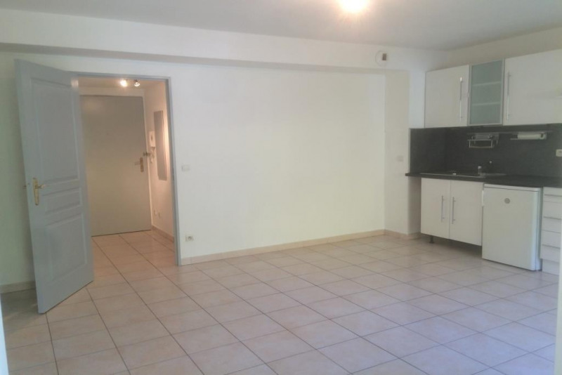 Sale apartment Saint andre de la  roche 108000€ - Picture 2