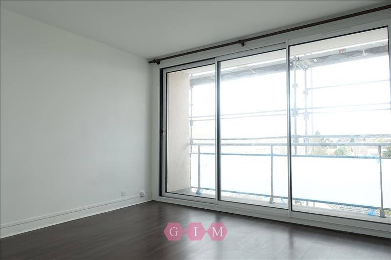 Investment property apartment Poissy 118400€ - Picture 2