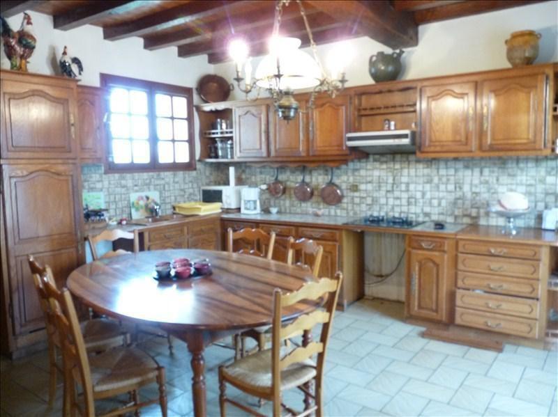 Sale house / villa Roquefort 315000€ - Picture 3