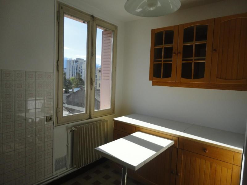 Location appartement Grenoble 568€ CC - Photo 1