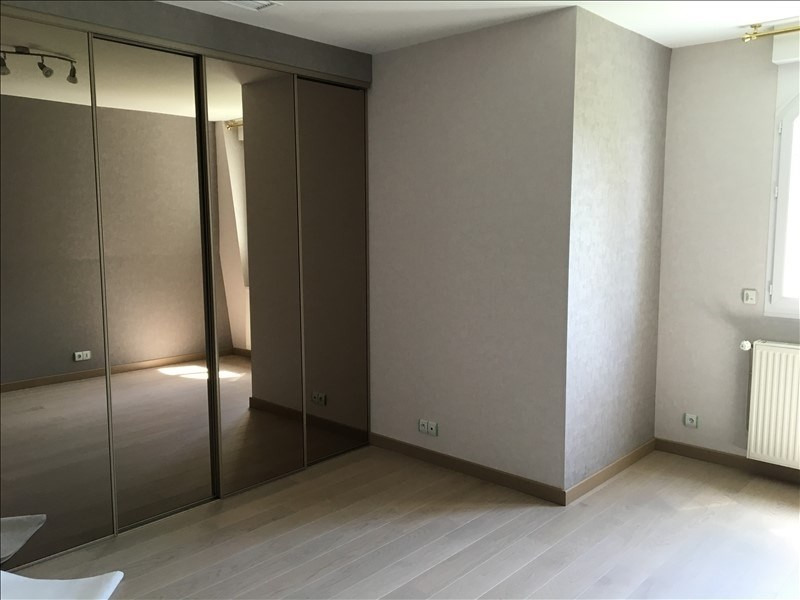 Location maison / villa Chatou 4 990€ +CH - Photo 9
