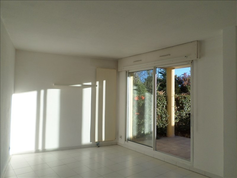 Sale apartment Nimes 145 800€ - Picture 2