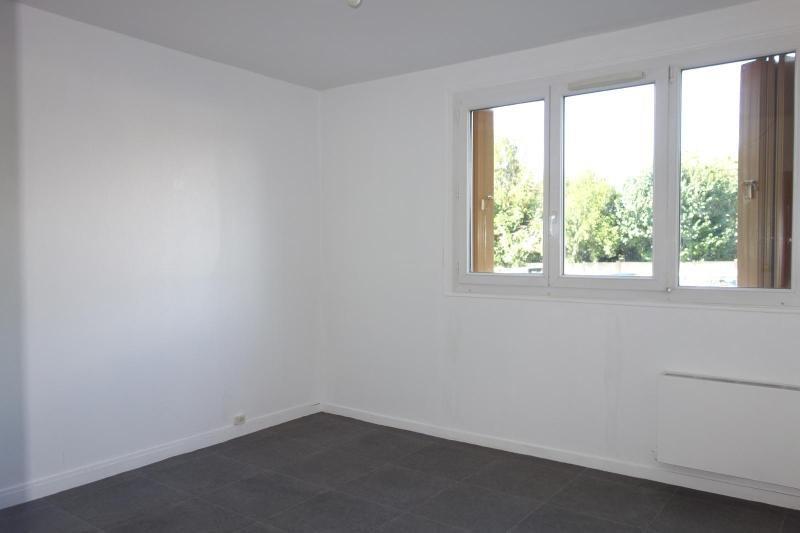 Rental apartment Brou sur chantereine 900€ CC - Picture 3