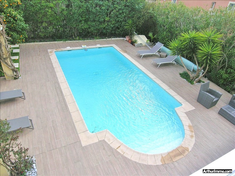 Deluxe sale house / villa Antibes 975 000€ - Picture 4