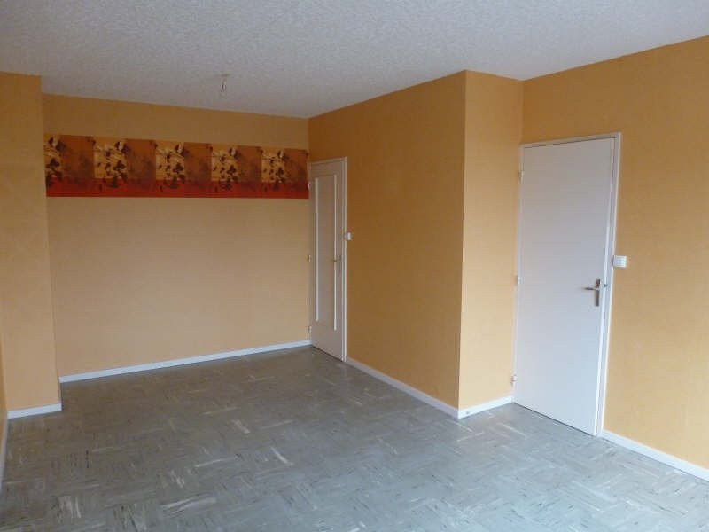 Location maison / villa Chatellerault 567€ CC - Photo 2