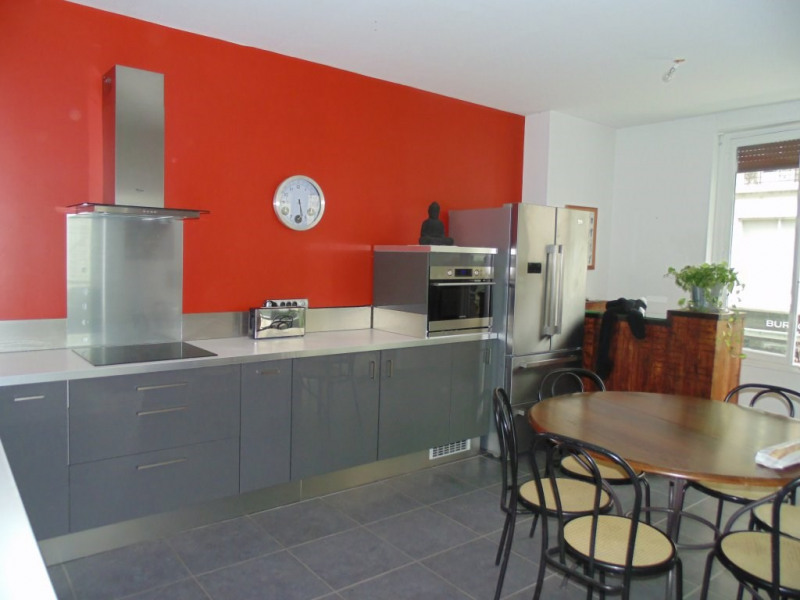 Sale apartment Grenoble 380 000€ - Picture 2