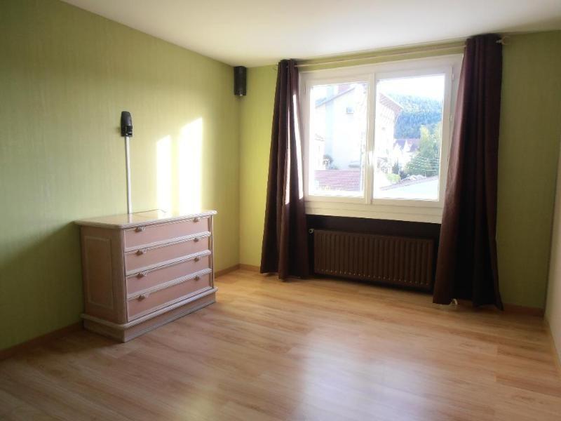 Sale house / villa Oyonnax 210000€ - Picture 3