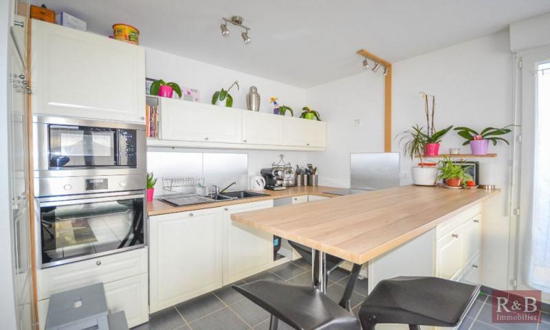 Sale apartment Villepreux 330000€ - Picture 6