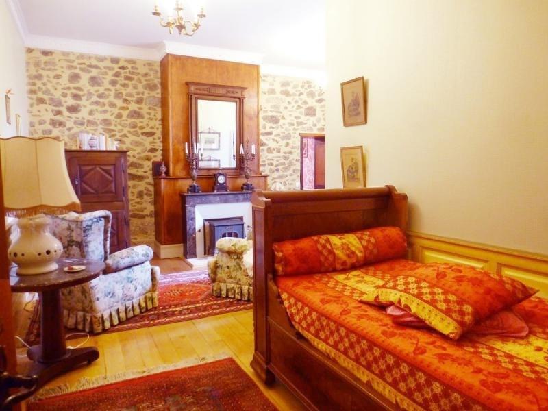 Deluxe sale house / villa Nontron 682500€ - Picture 10
