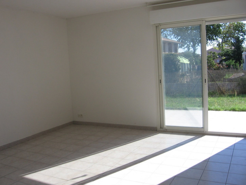Location maison / villa Eaunes 785€ CC - Photo 2