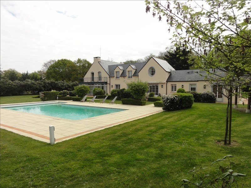 Deluxe sale house / villa Montfort l amaury 1590000€ - Picture 2
