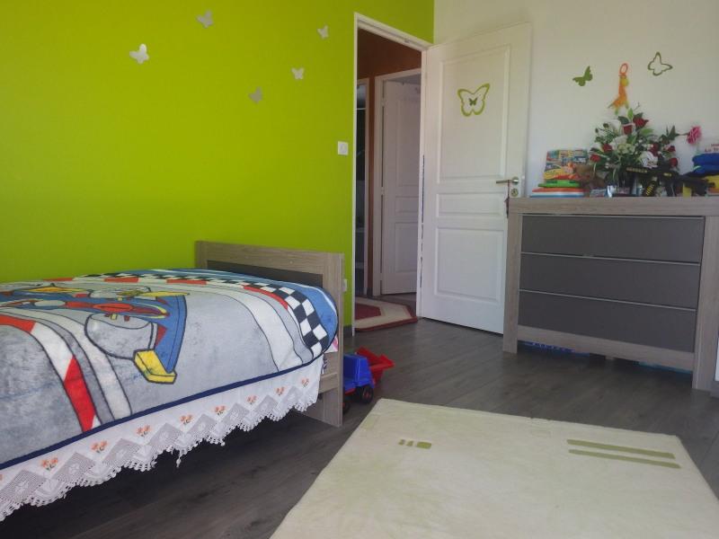 Sale house / villa Feurs 170000€ - Picture 2
