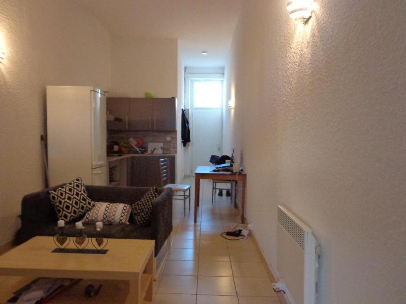 Location appartement Lyon 6ème 603€ CC - Photo 2