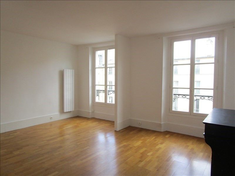 Rental apartment Versailles 1050€ CC - Picture 1