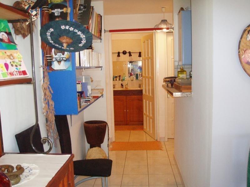Sale apartment St pierre 153700€ - Picture 5