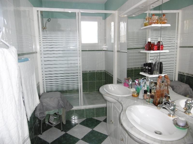 Sale house / villa Montpon menesterol 160900€ - Picture 5