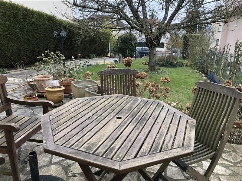 Sale house / villa St germain en laye 764000€ - Picture 1