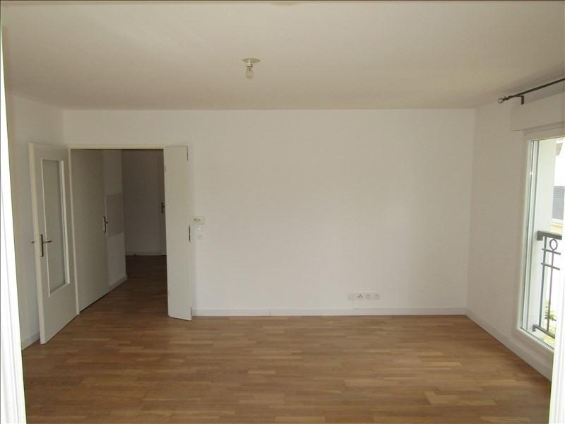 Rental apartment St ouen l aumone 949€ CC - Picture 4