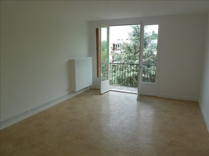 Rental apartment Andresy 775€ CC - Picture 2