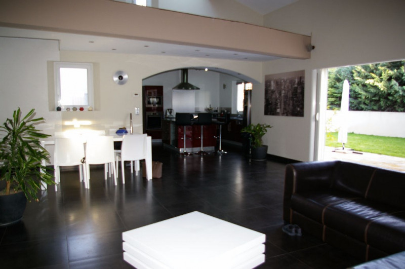 Vente maison / villa Pelissanne 550 000€ - Photo 4