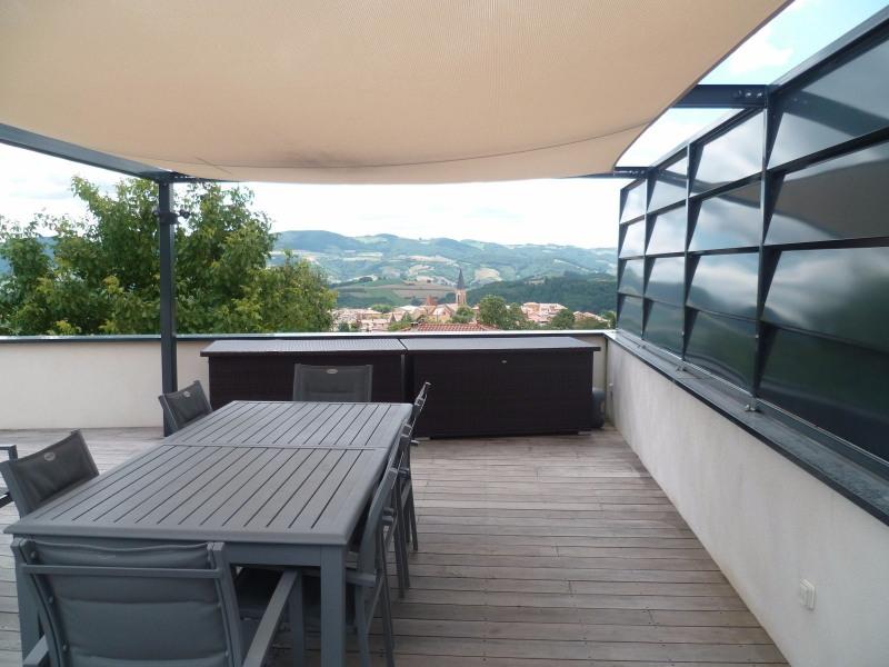 Deluxe sale house / villa Bessenay 640000€ - Picture 3