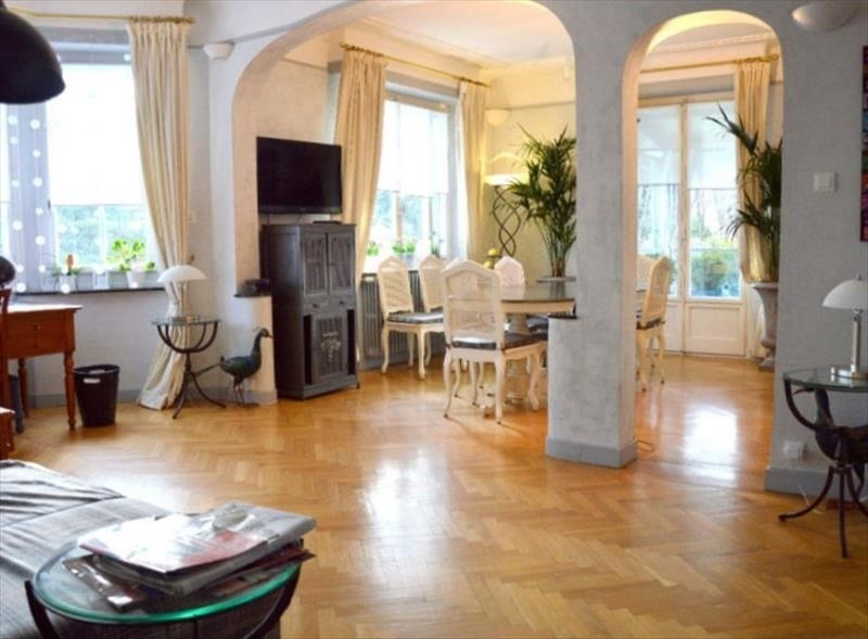Deluxe sale house / villa Annemasse 980 000€ - Picture 1