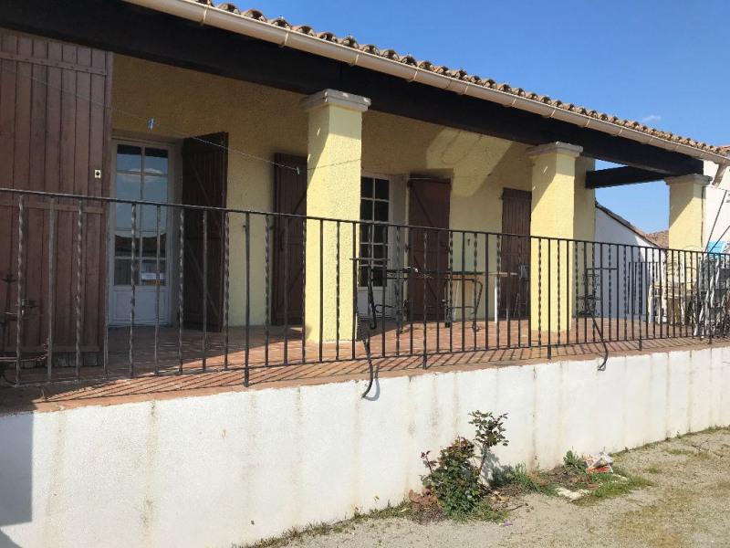 Sale house / villa Le cailar 265600€ - Picture 1