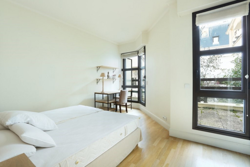 Aрендa квартирa Neuilly-sur-seine 4950€ CC - Фото 10
