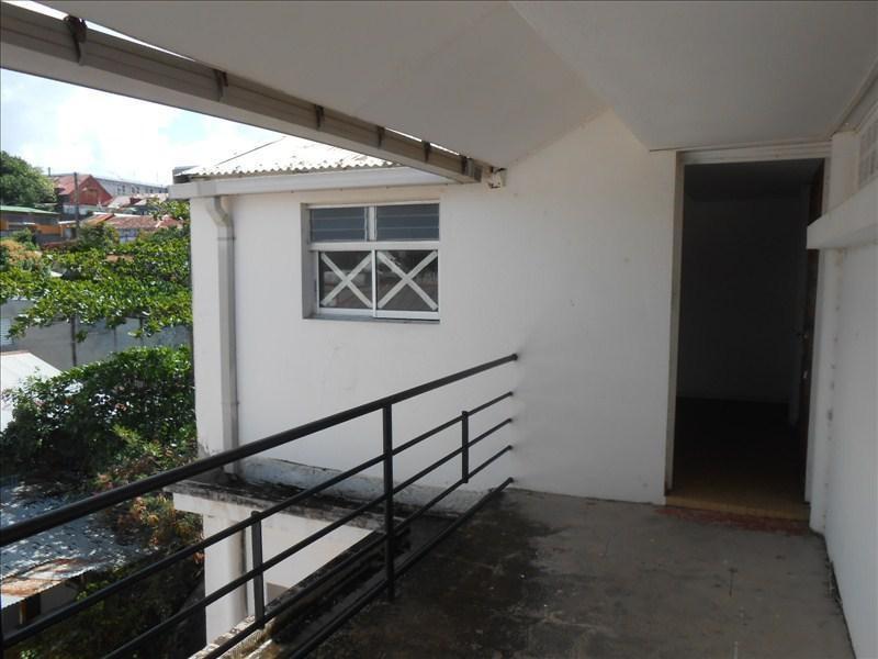Sale apartment Basse terre 130000€ - Picture 5