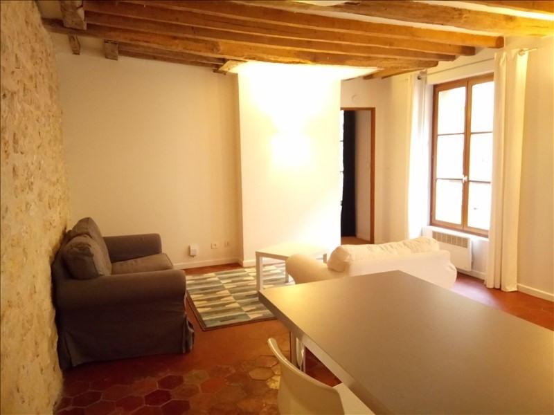 Sale apartment St germain en laye 272000€ - Picture 1