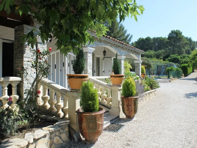Deluxe sale house / villa Barbentane 798 000€ - Picture 1