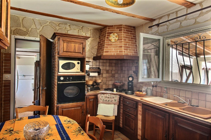 Vente maison / villa Saint gilles 218000€ - Photo 4