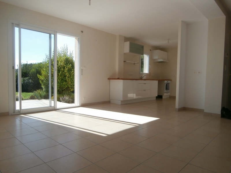 Location maison / villa Kerlaz 750€ CC - Photo 2