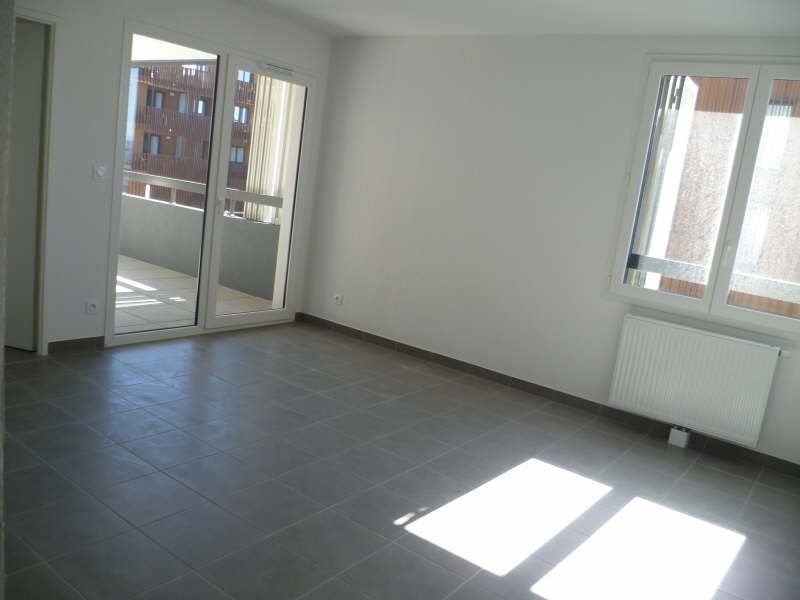 Location appartement Sete 695€ CC - Photo 2