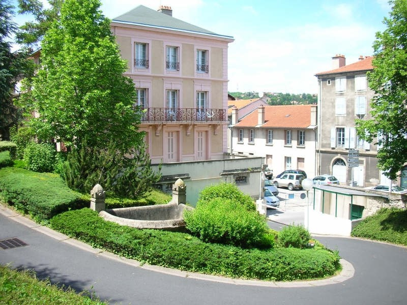 Location appartement Le puy en velay 362,79€ CC - Photo 4