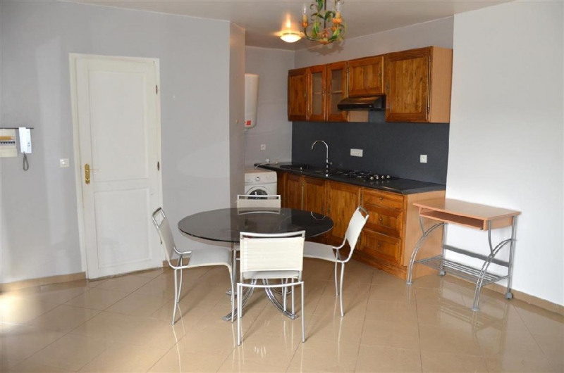 Vente maison / villa Chartrettes 332000€ - Photo 9