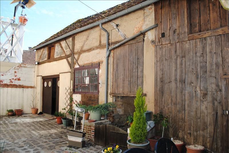 Sale house / villa St sauveur en puisaye 78000€ - Picture 1