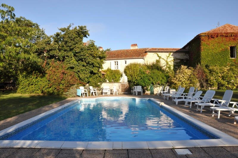 Sale house / villa Verteillac 540 750€ - Picture 1