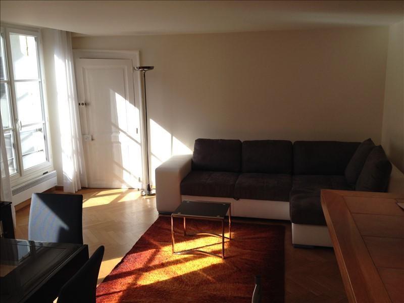 Locação apartamento Paris 7ème 2000€ CC - Fotografia 2