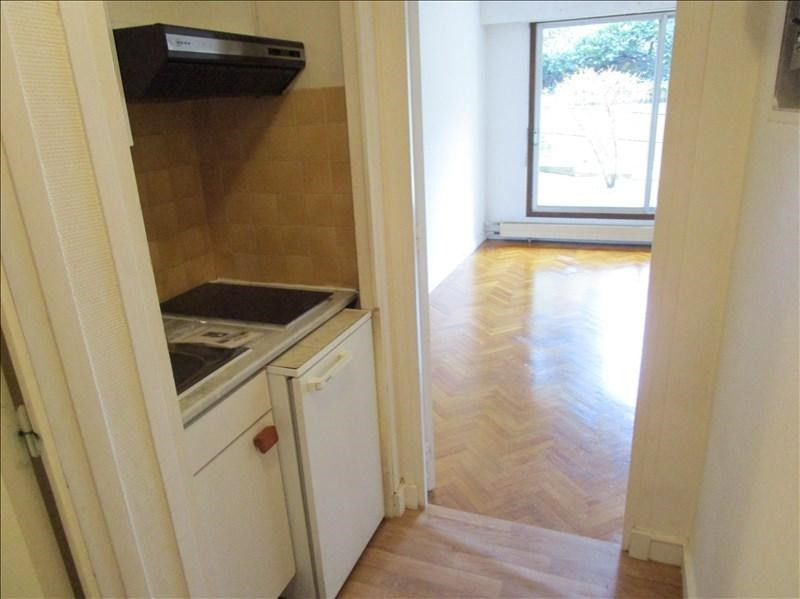 Location appartement Versailles 590€ CC - Photo 2