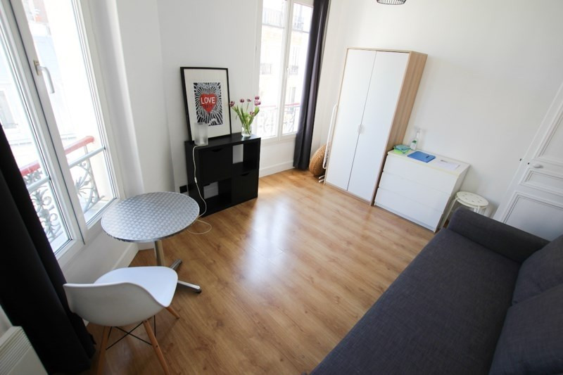 Rental apartment Paris 11ème 995€ CC - Picture 3