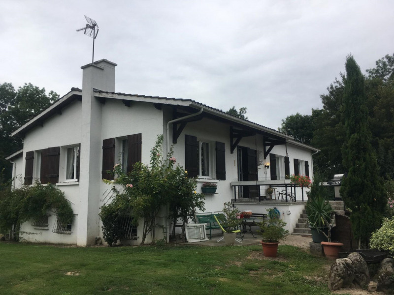 Sale house / villa L'épine 296 800€ - Picture 2