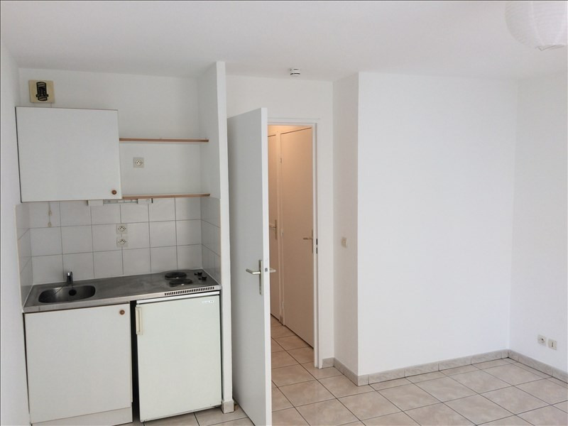 Rental apartment Montpellier 447€ CC - Picture 2