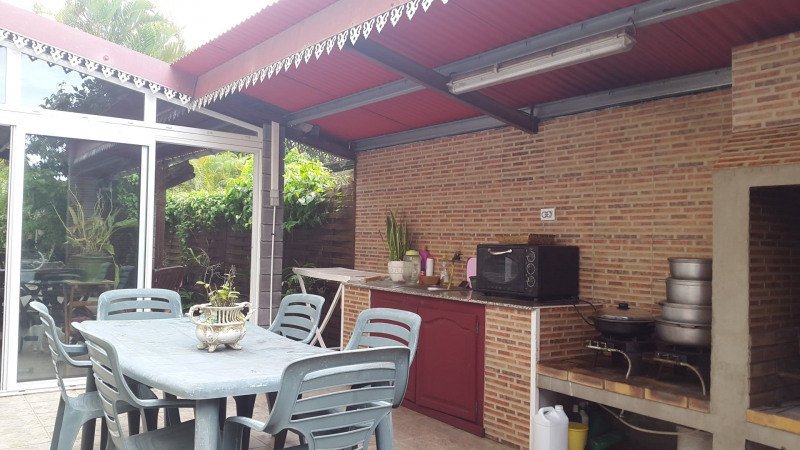 Rental house / villa Bras panon 1 395€cc - Picture 6