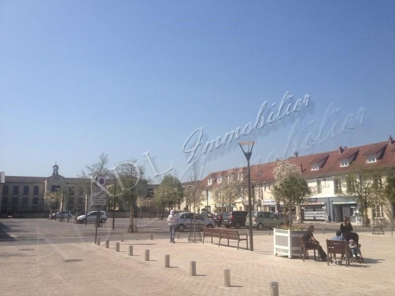 Location boutique Chantilly 1 250€ HT/HC - Photo 2